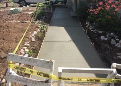6854 N. ROCHESTER ST FRONT WALKWAY PICTURE