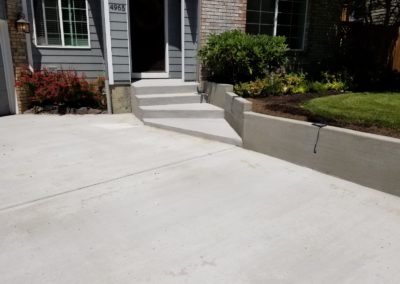 RETAINING WALL SMOOTH FINISH